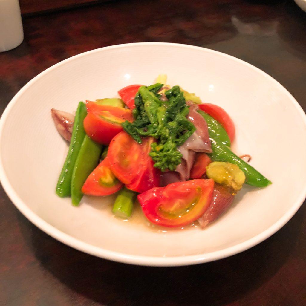 春野菜とホタルイカのサラダ